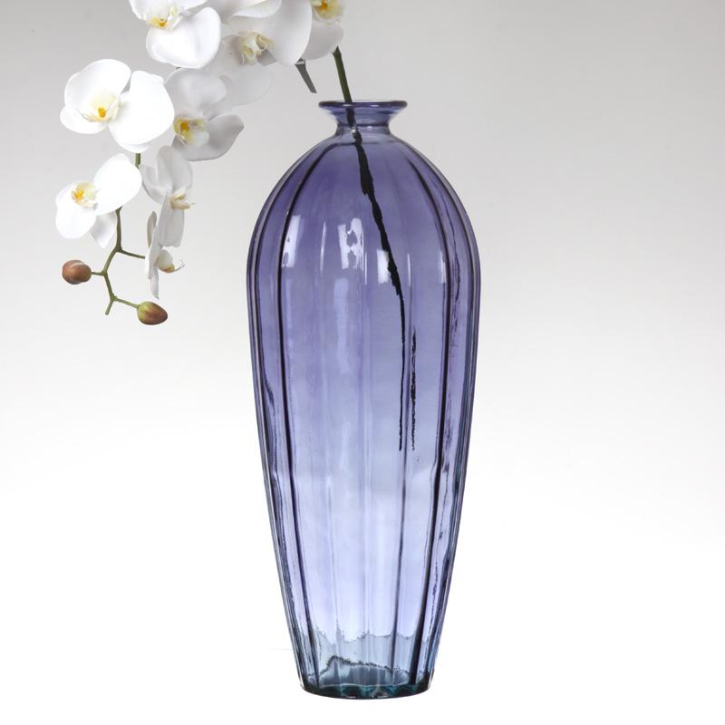 Высокая ваза из стекла